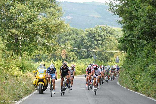 Ciclisti al Tour dell'Umbria (foto Play Full)