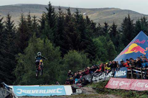 Coppa del mondo DH a Fort William (foto red bull)