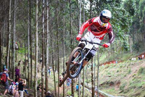 E' morto il campione di DH Stevie Smith (foto cyclingnews)