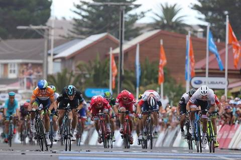 La volata della quarta tappa del Tour Down Under