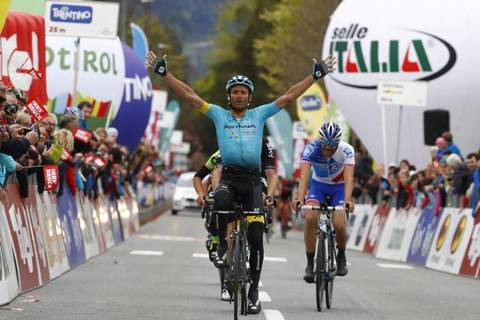 Michele Scarponi vincitore prima tappa Tour of the Alps (foto bettini cyclingnews)