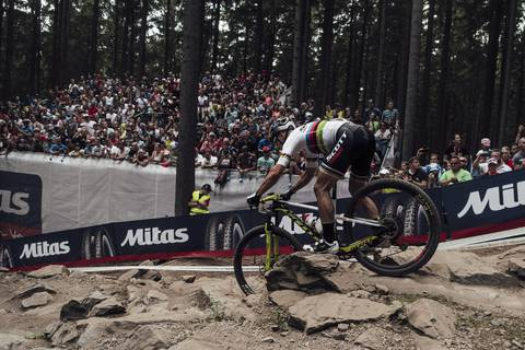Nino Schurter vincitore in Coppa del Mondo a Nove Mesto (foto Red Bull Communication)