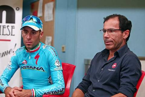 Vincenzo Nibali e Davide Cassani (foto cyclingnews.it)