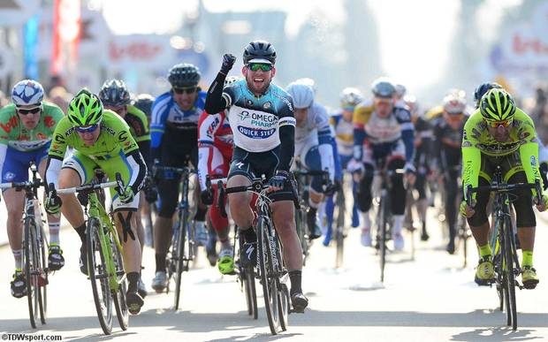 Mark Cavendish vince la volata